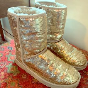 Sequin Uggs Classic Short Style